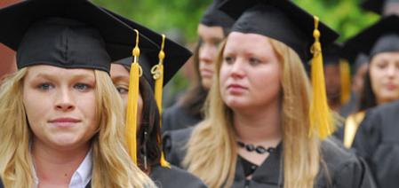 alumni-slider