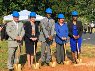 Dr. Nooks ath the Student Services Center groundbreaking