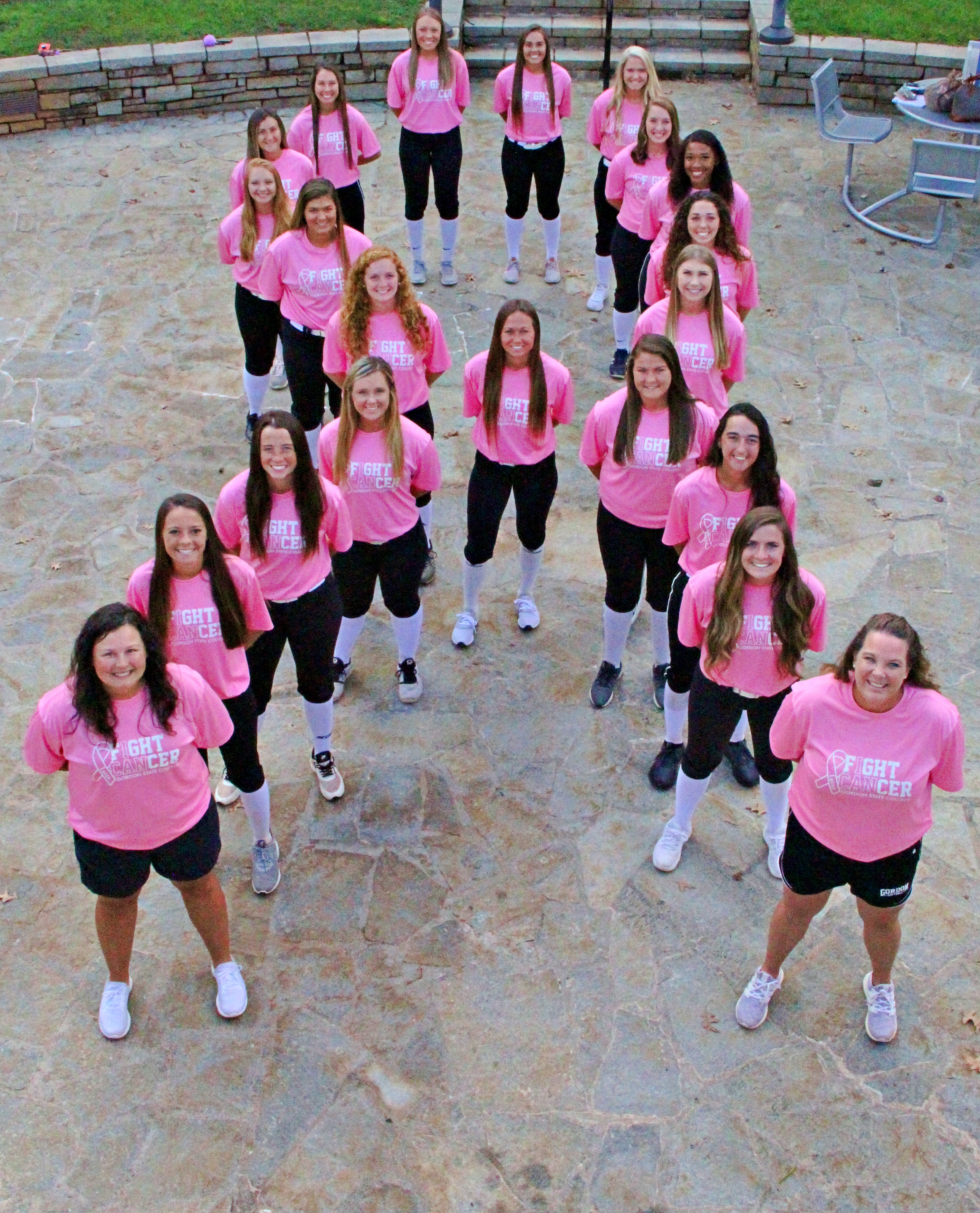Gordon State Softball stand in solidarity to support former Highlander Lacee Landrum as well as family and friends for Breast Cancer Awareness.
