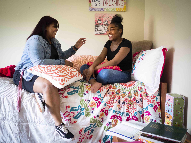 female-dorm-room.jpg